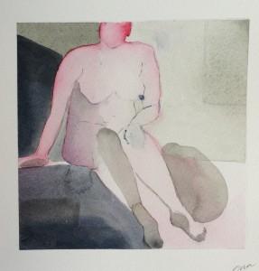 sittande rosa och grå